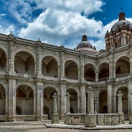 Oaxaca City Temple by Andrius La Rotta Esquivel - Buildings & Architecture Public & Historical ( amazing, building, mexico, architectural, historical, architecture, public, photography )