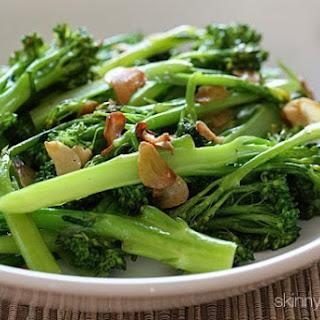 Easy Garlic Broccolini.