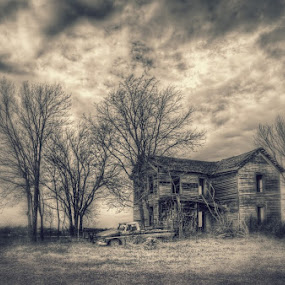 Loneliness by Jon Dickson - Buildings & Architecture Decaying & Abandoned ( abandoned illinois, abandoned farmhouse, rural decay, decrepit, abandoned )