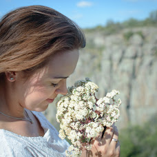 Wedding photographer Aleksandra Onischenko (aleguz252525). Photo of 09.10.2016