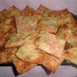 Chips Of Pita With Cheese And Ham