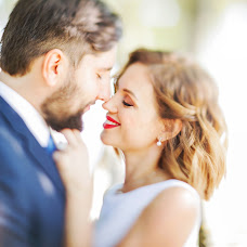 Wedding photographer Kseniya Shabanova (snajpersha). Photo of 19.07.2018