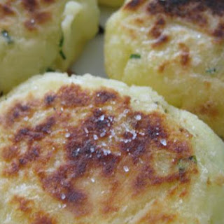 Mashed Potatoes Flaky Cakes