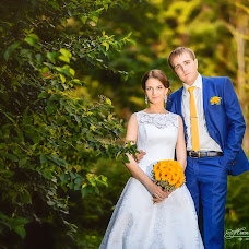 Wedding photographer Mikhail Novikov (Novikow). Photo of 11.12.2015