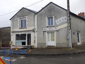 propriété à Mirebeau (86)