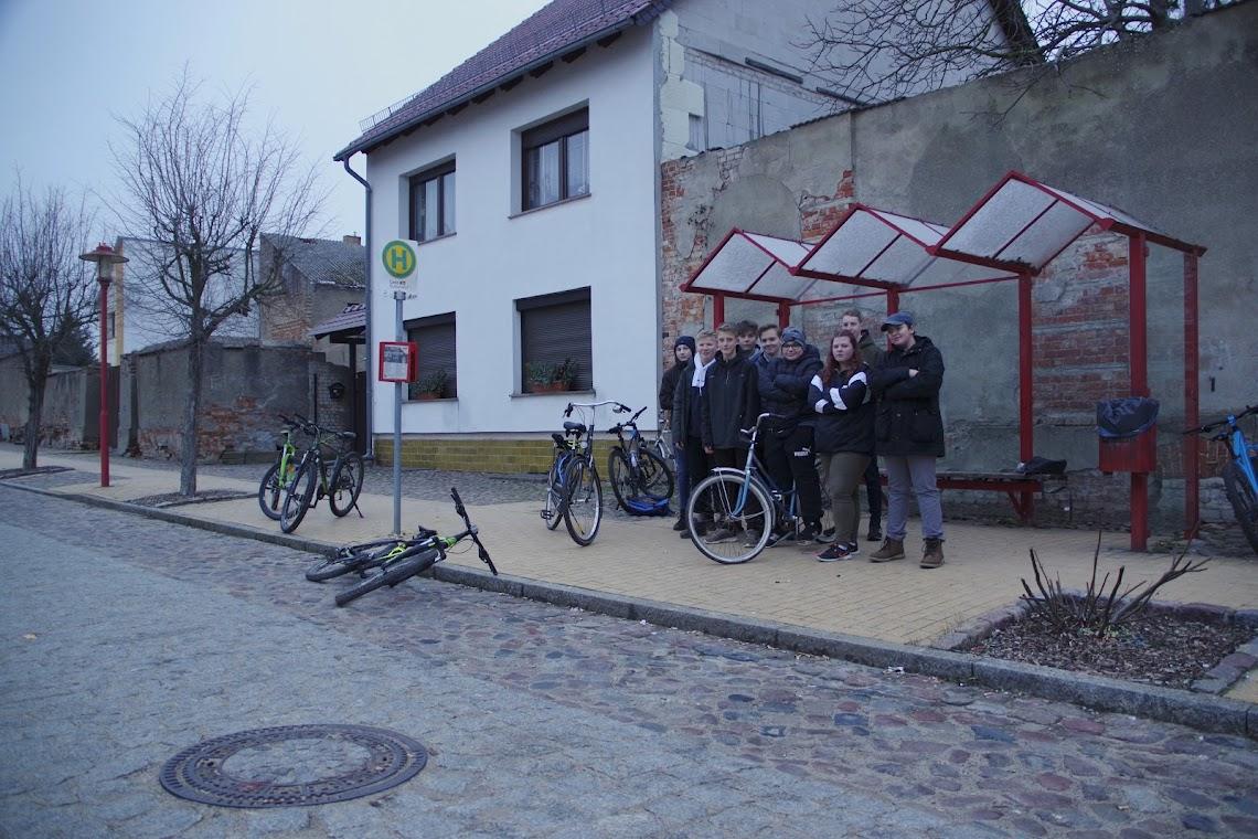 Sauer auf die Stadtverantwortlichen: Gartzer Jugendlichen wollen endlich einen Jugendklub! Foto: Andreas Schwarze (asc)
