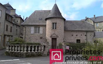 maison à Treignac (19)