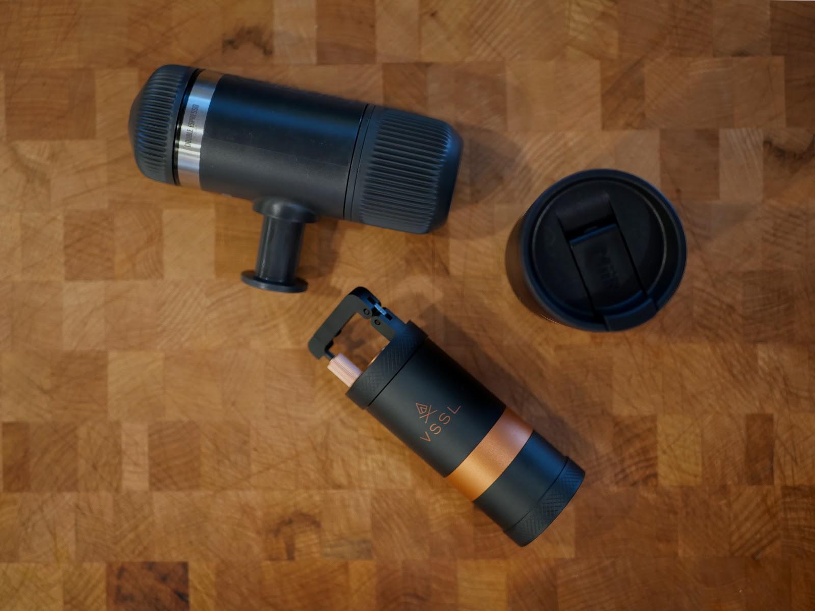 Portable coffee grinder