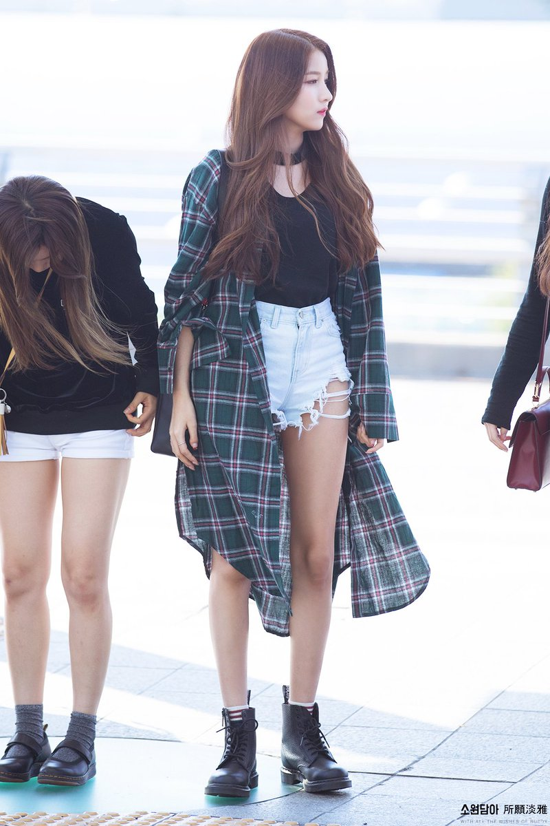 sowon casual 5