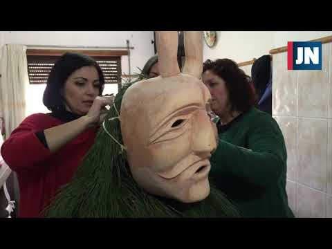 Vídeo - Arte das máscaras do Entrudo de Lazarim passa de geração em geração