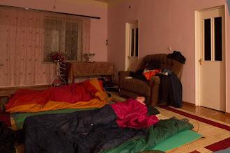 Photo: Нас пустило переночевать семейство Серегиного знакомого, Севака. Утром он подвез нас на машине до снега.