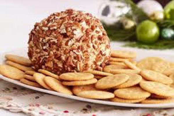 Aunt Marjorie's Cheese Ball Recipe