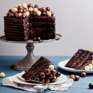 Chocolate Cake With Hot Fudge Icing Recipes