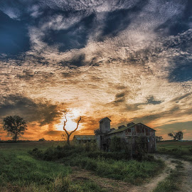 approaching sunset by Charles Saswinanto - Buildings & Architecture Decaying & Abandoned ( field, sunset, abandoned, building, farmland, architecture,  )