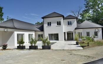 maison à Cosnac (19)