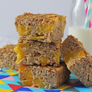 Peach Quinoa Breakfast Bars Recipe