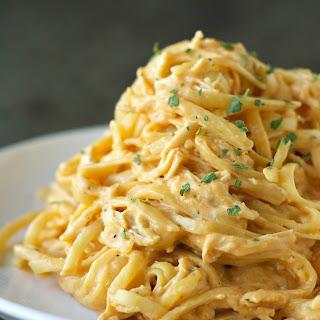 Slow Cooker Cheesy Buffalo Chicken Pasta.