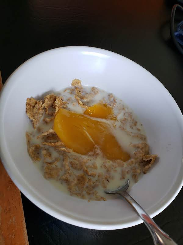 Vanilla Almond Cereal And Mango