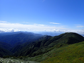 三ノ峰から丸山、奥に大日ヶ岳