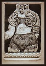 Photo: Antonio Berni Ramona en bikini 1964. Xilo-collage-relieve. Matriz xilográfica: 36 x 24 cm. Estampa: 45 x 31,5 cm. Colección particular, Buenos Aires. Expo: Antonio Berni. Juanito y Ramona (MALBA 2014-2015)