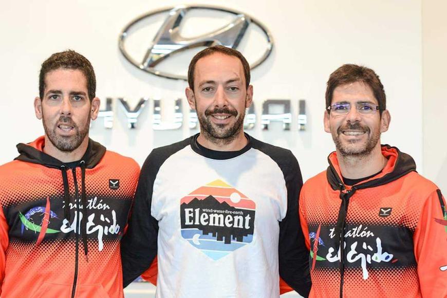 Por equipos ganó el Triatlón El Ejido.