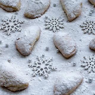 Skaltsounia Christmas Cookies.