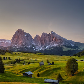Alpe di Siusi by Michael Strobl - Landscapes Mountains & Hills ( sunrise, mountain, alps, italy, landscape )