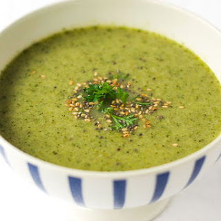 Roasted Broccoli and White Bean Soup {Vegan}