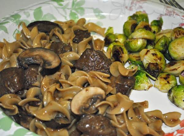 I Served This Along Side Some Roasted Brussels Sprouts.  Made For A Delicious And Satisfying Meal.