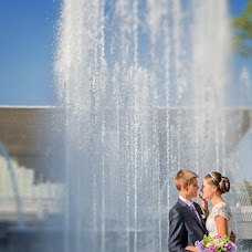 Wedding photographer Olesya Batura (OlesyaZ). Photo of 16.09.2014