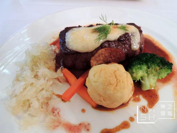 高廬 法式餐廳 枕頭牛排