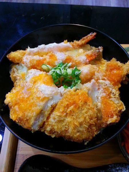 祝福櫻 丼飯專賣店