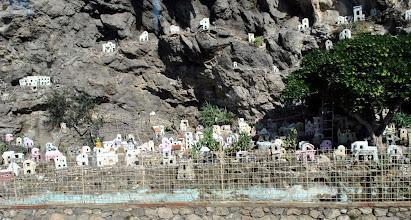 Photo: Presepe costruito lungo la strada per Amalfi