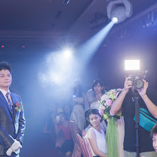Wedding photographer Yixing Yang (penguinyang). Photo of 14.05.2015