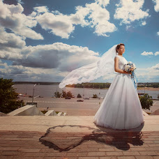 Wedding photographer Ilnur Khisamutdinov (W1zARD). Photo of 22.07.2015