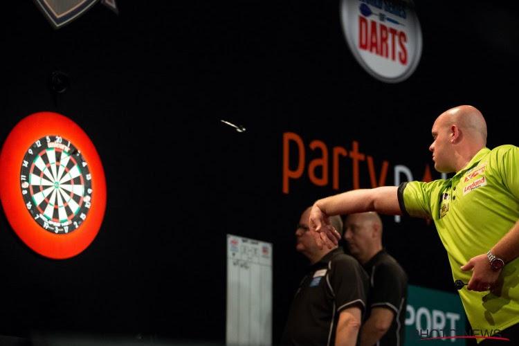 Van Gerwen wordt helemaal vernederd door killer Van den Bergh op WK darts