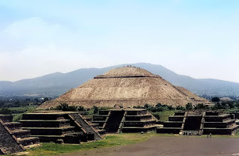 Photo: Teotihuacán, Piramida Słońca / The Pyramid of the Sun