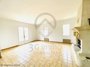 Maison 10 pièces 173 m2