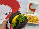 SKRABUR 黑膠漢堡