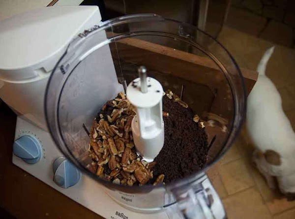 Process the pecans and wafers in a food processor until smooth.