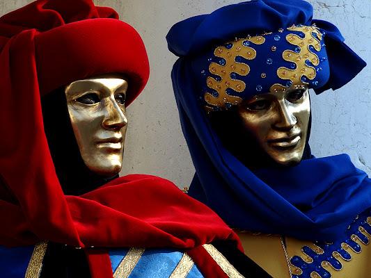 Gemelli in maschera di tispery