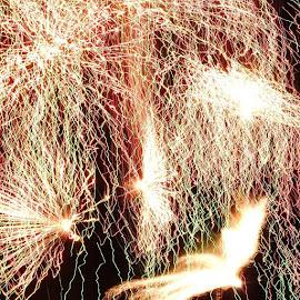 Fireworks Dayton Ohio by Dave Ames - Public Holidays July 4th