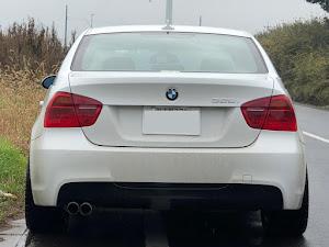 3シリーズ セダン  E90 325i Mスポーツのタイヤのカスタム事例画像 BMWヒロD28さんの2018年12月18日08:40の投稿