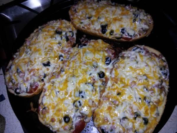 Italian Bread Mini-loaf Pizza Recipe