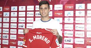 Simón Moreno con su nueva camiseta.