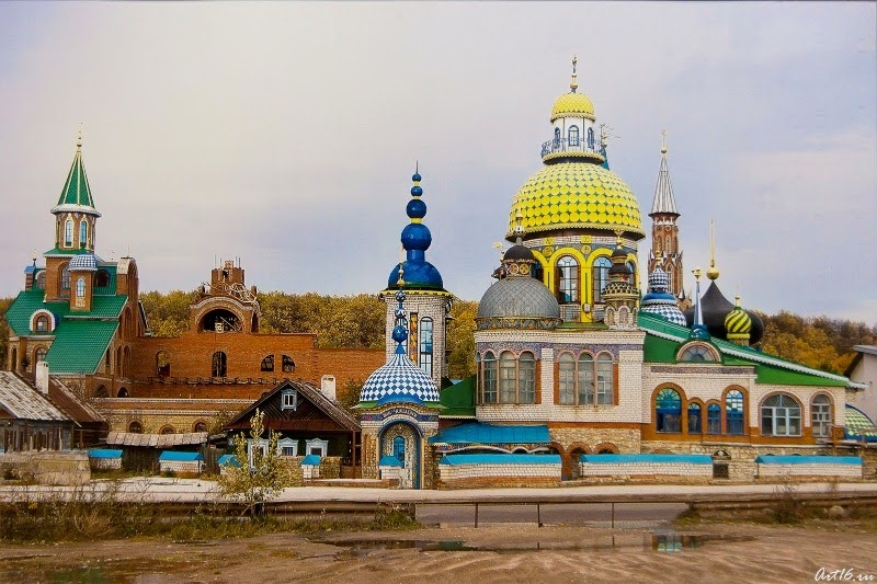 templo-de-todo-religiones-kazan-6