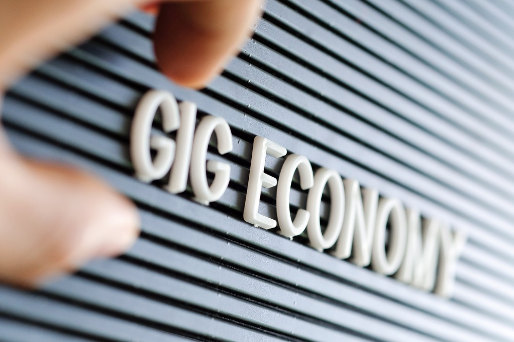 Gig economy puts focus on taxation of independent contractors