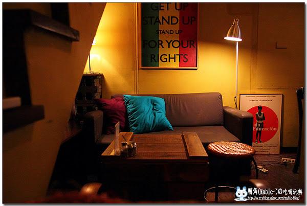 猶如置身歐洲的文青咖啡館Cafe' Strada 步道咖啡~