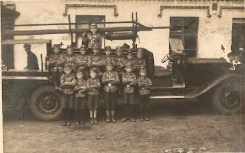 Photo: Oddział Młodzieżowej Straży Pożarnej - 1935 rok.