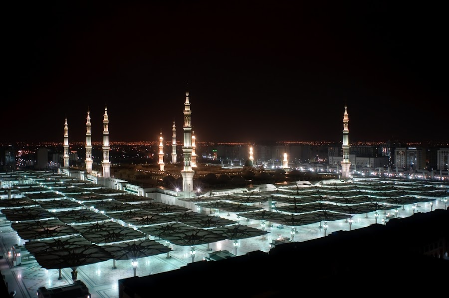 Nabawi Mosque by Ditto Birawa - Buildings & Architecture Statues & Monuments